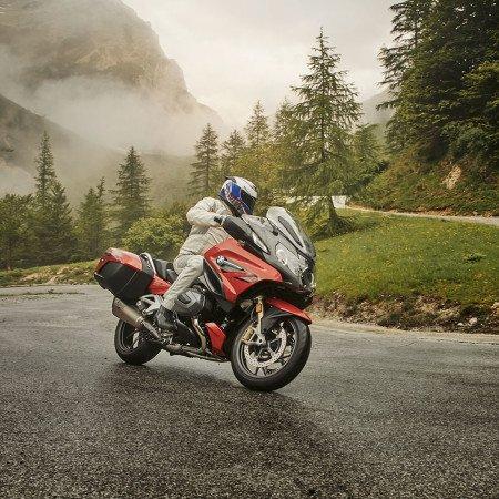 Rediscover your sense for adventure with #BMW #Motorrad 😍 #followme #followback #sougofollow #TFBJP #FF #副業 #Car #Goals #Auto
