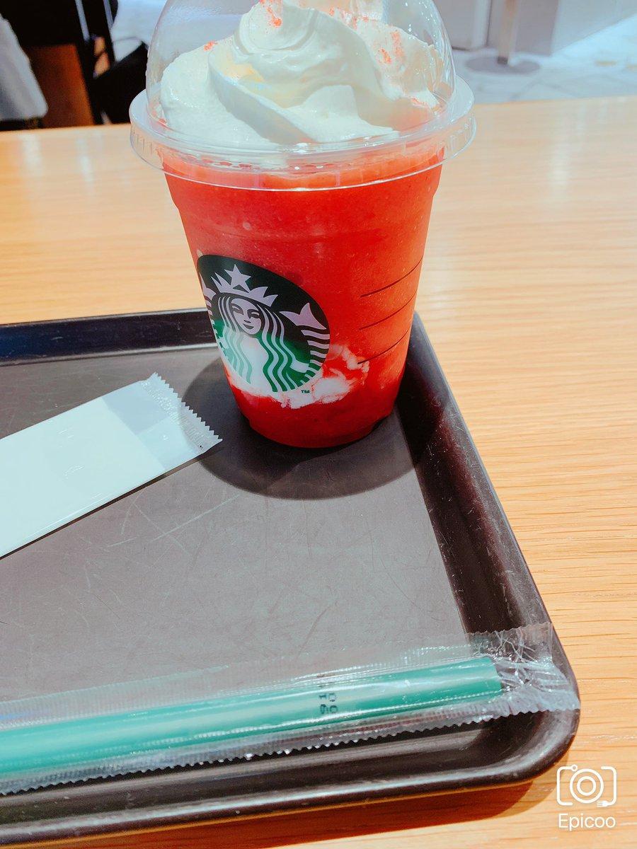 今日は渋谷ヒカリエで転職セミナー!その前にスタバで少し早めにお昼ご飯食べてきた!?この間ホワイト飲んだから、今日はレッド飲んだ!今月は両方飲めたから満足かな(✿︎´ ꒳ ` )