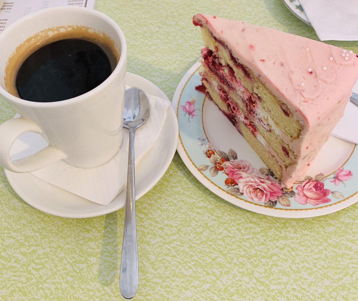 When too much caffeine & too much sugar get together 🤗 #caffeine #cake  #heartpalpitations #teacherholidays #TeacherLife