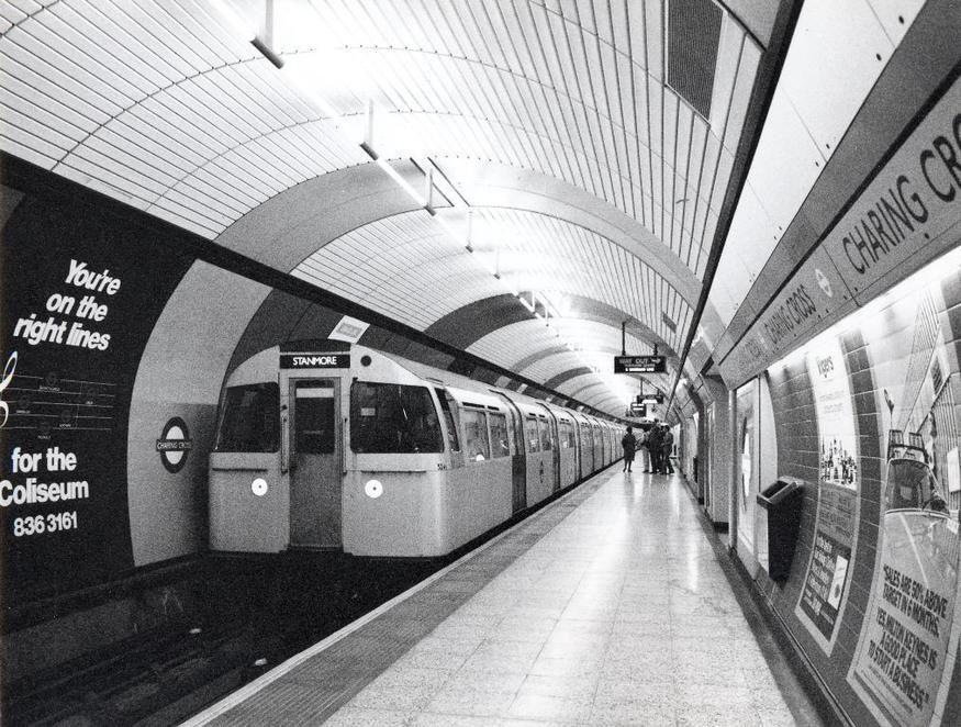 D4lfpw9WsAAQv5f - Jubilee Line 40th Anniversary