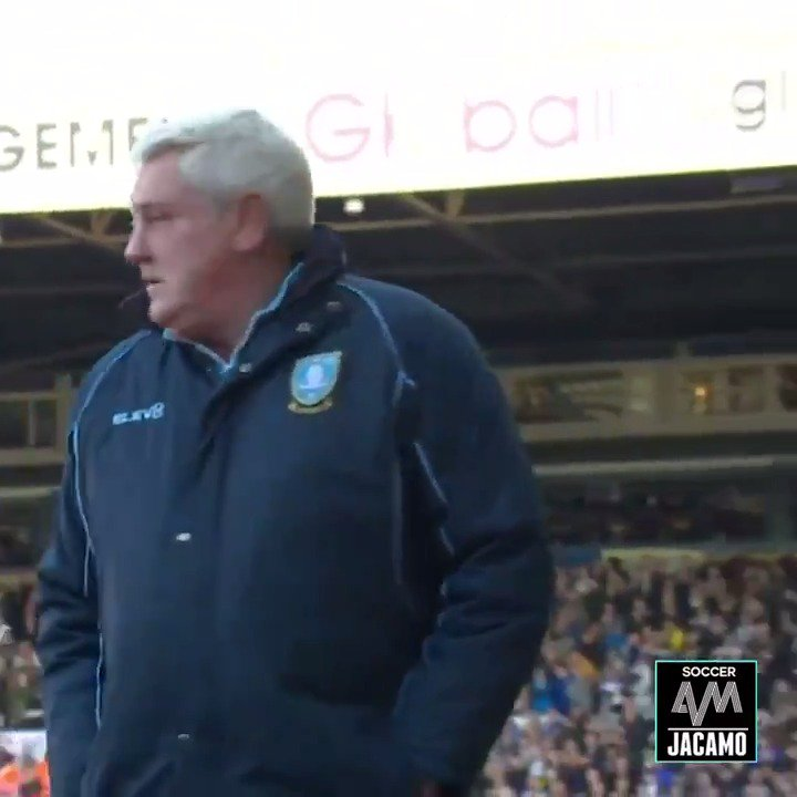 Steve Bruce being scared by a ghost 👻