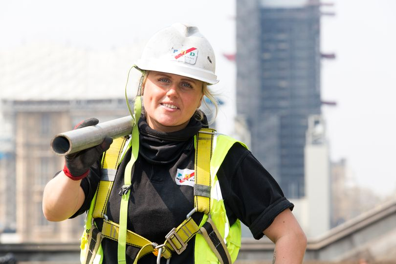 RT @DailyMirror: Female scaffolder renovating Big Ben is one of just SIX women in the trade https://t.co/BbpCZ3pwT9 https://t.co/vzDkwkHLT6