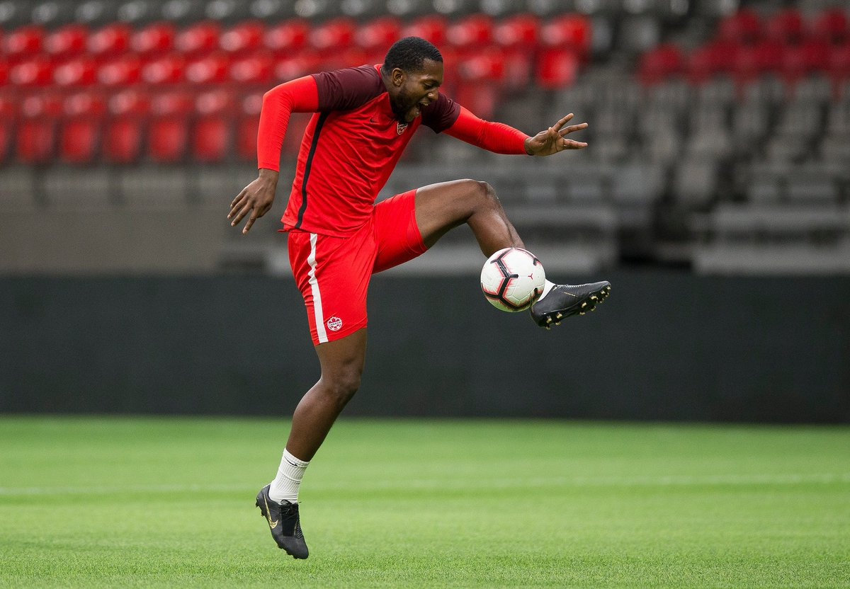 Happy birthday to Doneil Henry! 🎈🎉 #CANMNT