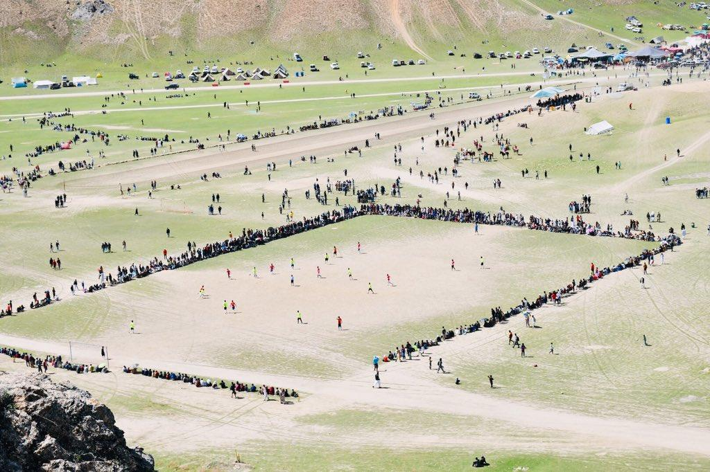 Football match at the ongoing #QaQlasht festival in #Chitral  😍😍  Pic via @DC_Chitral