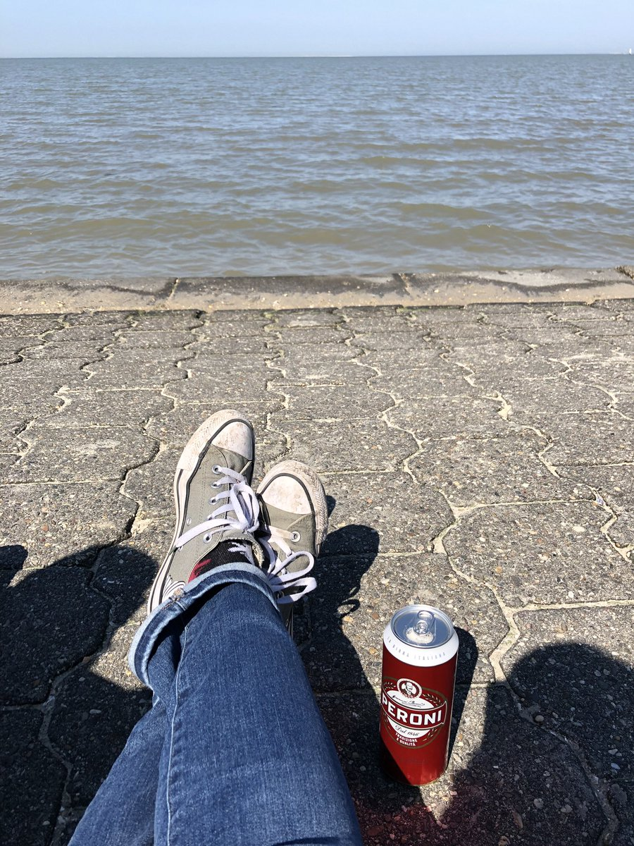 Warten auf das Meer 😊 #nordsee #Hochwasser 😉