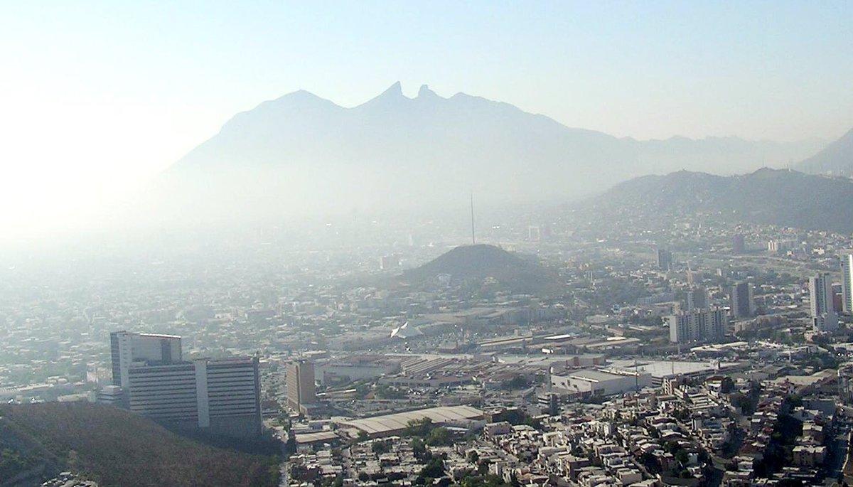 #PORTADA:🗞 ¡Alerta! Es peligroso respirar en Nuevo León -> http://bit.ly/2Xrk801