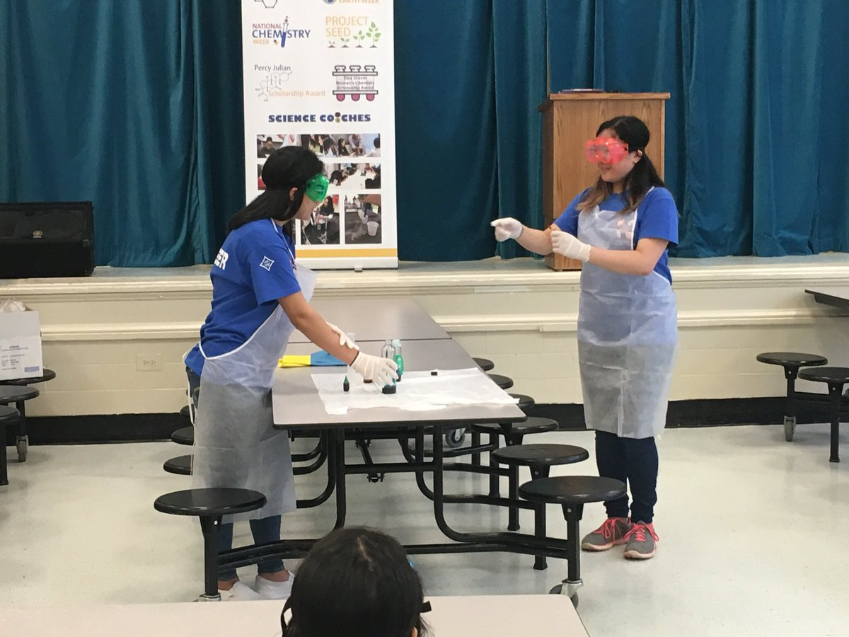Raiders shared chemistry with ASP kids at Powers Ferry Elementary this week!  Thank you @suptwoods for your inspiring words and @PowersFerryES for our long standing partnership.  #proudtobeawaltonraider