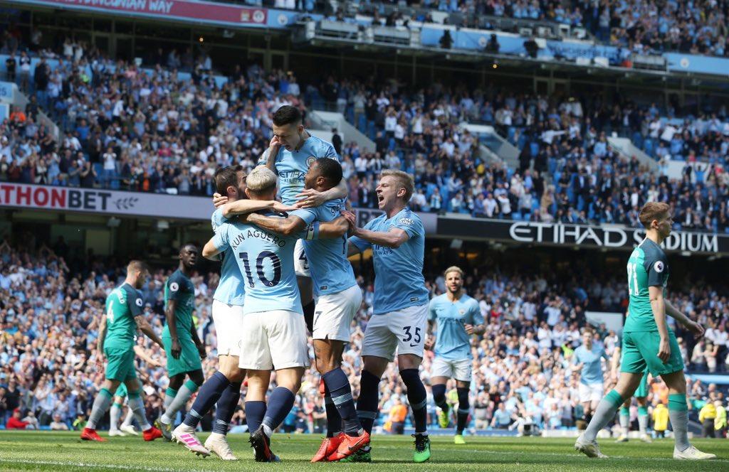 Thắng sát nút Tottenham, Man City dẫn đầu Ngoại hạng Anh