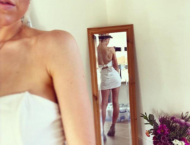 OMG IM A REAL GIRL ! 🤣🤣🤣🤣 i almost forgot 💁🏼♀️ god I love the ☀️🤩🤩 EEK SO HAPPY!!!! Have the BEST BANK HOLIDAY SATURDAY EVERYONE!!!! I am totally high off my run right now 🙊🌈😇🤸🏽♂️🐅 #run #girl #dress #fashion #aussiefashion #riverisland #pt #bikinib… http://bit.ly/2IwpzYf