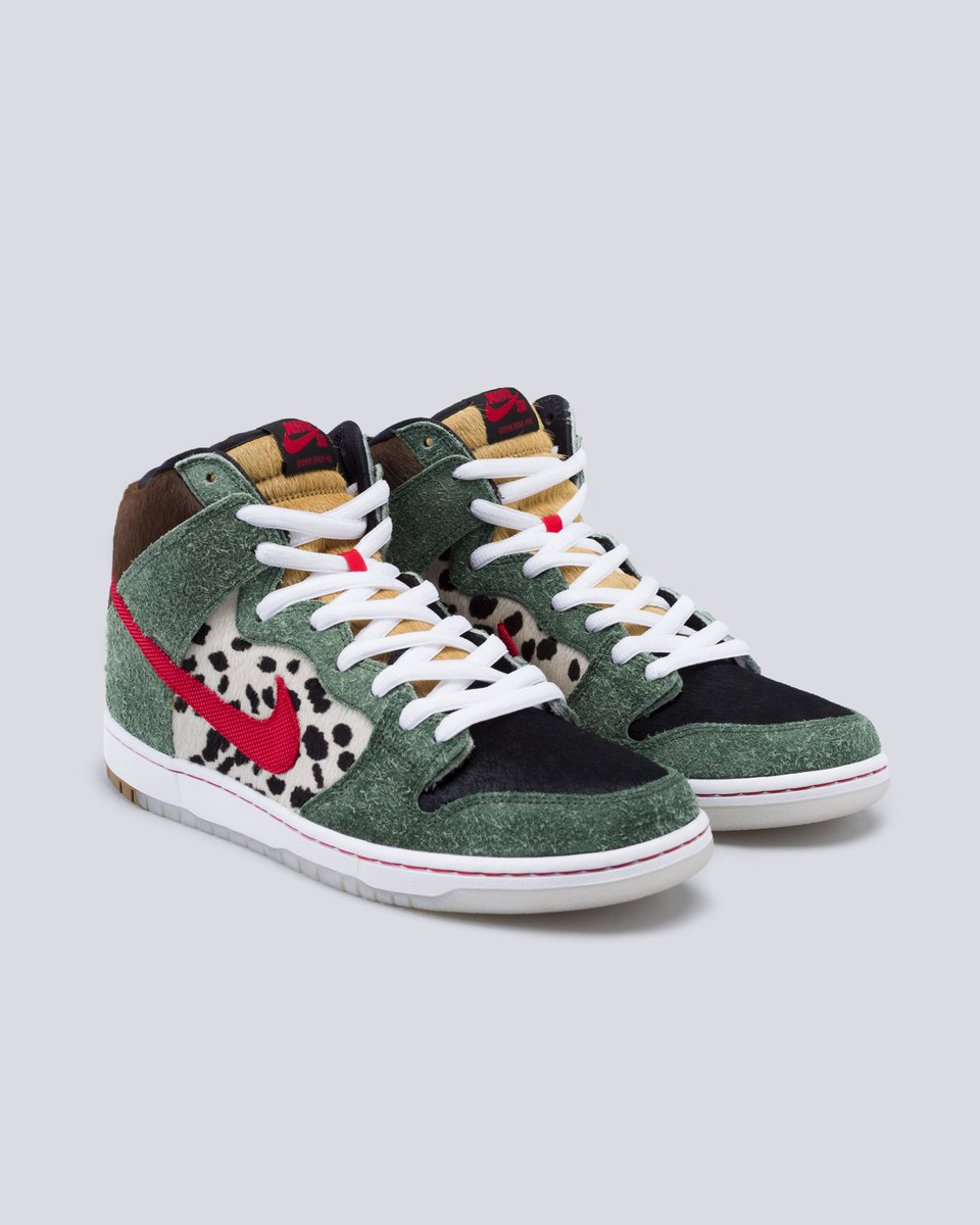 d6eadb08 Shop the Nike SB Dunk High Dog Walker and add a spark to your sneaker  rotation. https://stockx.com/nike-sb-dunk-high-dog-walker  …pic.twitter.com/2eKFyMNjRM