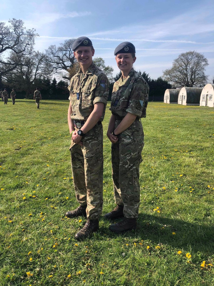 83 sqn's two Junior Leaders. FS Tomalin from 18 Cse and CWO Grundy from 19, which graduated on Thursday. #morethanflying #whatwedo  #marvellous