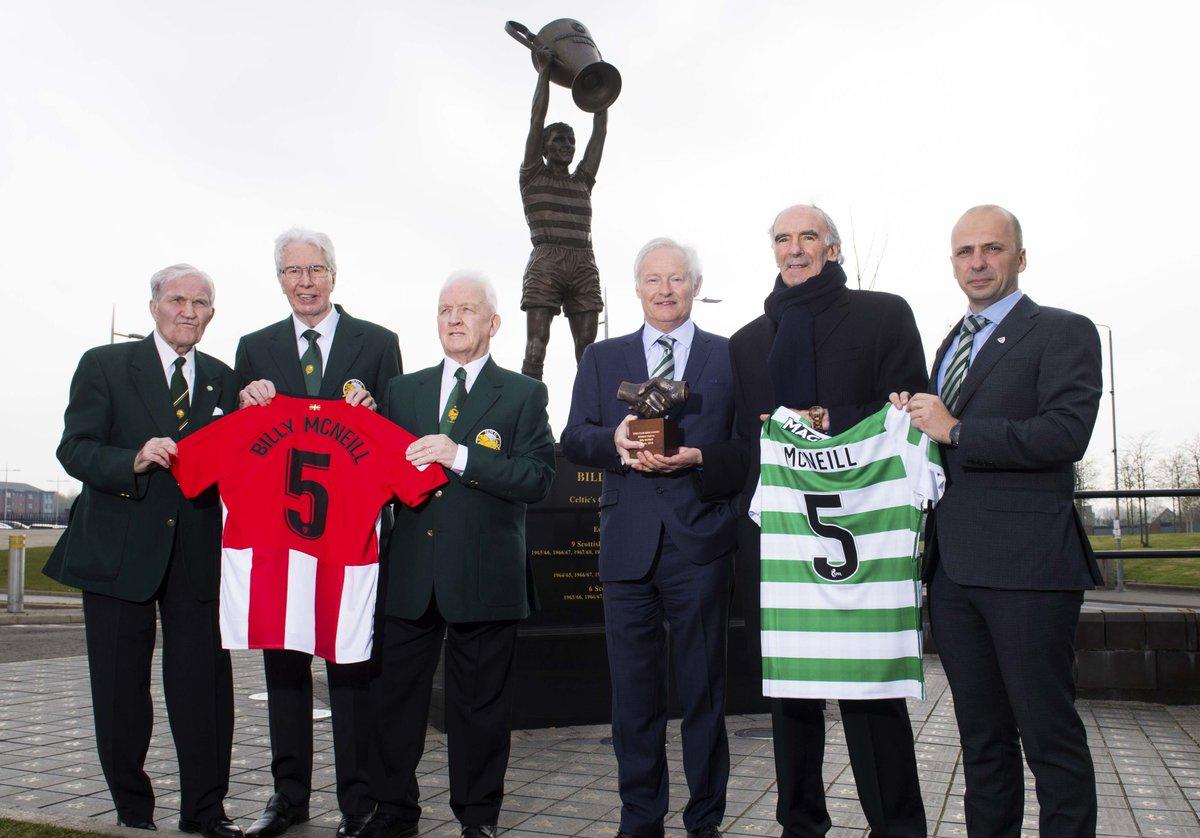 Ne manquez pas le discours emotionnant 🦁 d'Iribar au @CelticFC ! 👉 https://www.youtube.com/watch?v=K_gGby7TS5Q… #OneClubManAward #AthleticClub