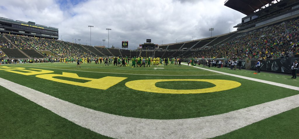 Beautiful day for a spring game @oregonfootball @1029TheGame