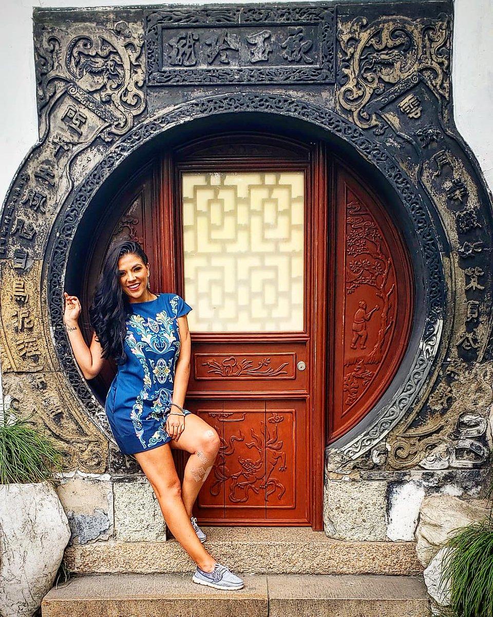 Shanghai es la perla del Oriente con más de 20 millones de habitantes es la ciudad llena colores... 🇨🇳🌏⛩🥋🎎🎍🎏🎋🎊🎗🎐 #China  #PlazaTiananmen #PalacioDeElCielo #GranMurallaChina #MurallaChina  #soldadosdeterracota #shangai #shanghai #shanghaicity #shanghailife_