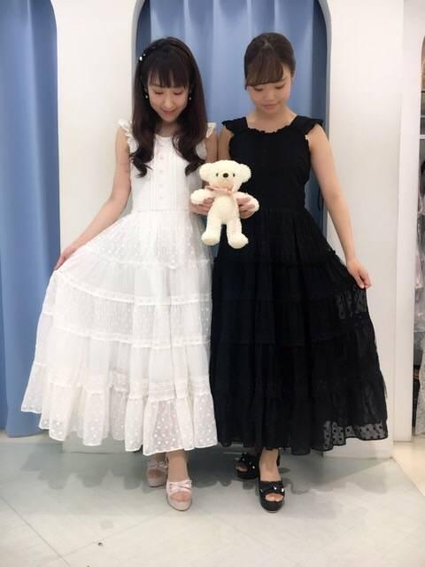 mille fille closet♡レースロングワンピース♡ http://snap.hana-bi.jp/front/detail/id/79222…