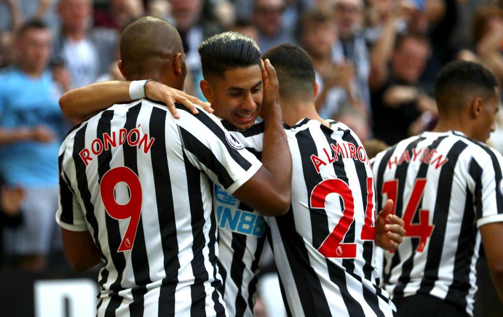 HT: Newcastle 2-0 Southampton.  Ayoze Perez's quickfire double has Newcastle in control at the break.  #NEWSOU https://bbc.in/2GA7xSR