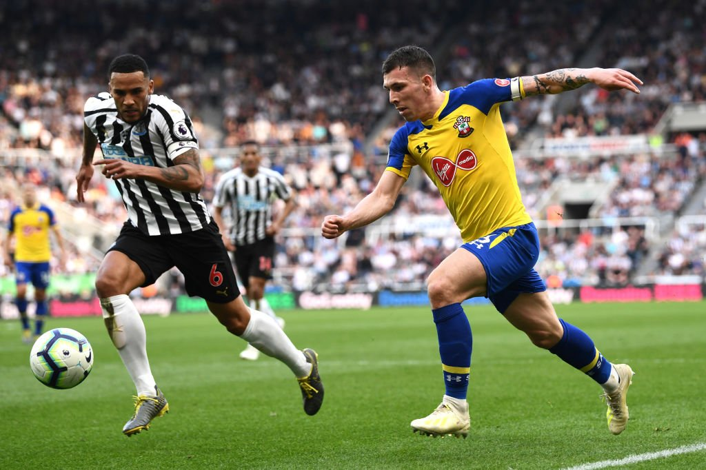 Back under way at St James' Park.  Can Southampton mount a fightback? They trail Newcastle 2-0.  Follow #NEWSOU here: https://bbc.in/2GA7xSR