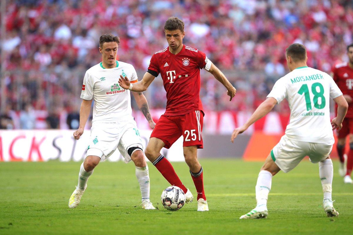 Thomas Müller's photo on #Bundesliga