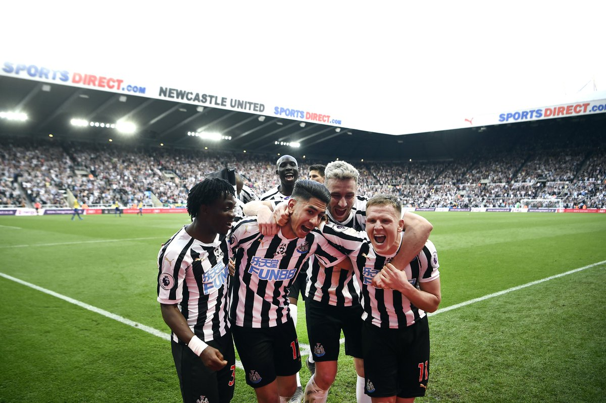 FT: Newcastle 3-1 Southampton.  Ayoze Perez's hat-trick gives Newcastle a deserved victory and moves them up to 12th in the Premier League.  https://bbc.in/2GA7xSR #NEWSOU