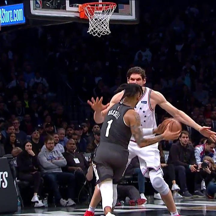 D-Lo took it to Boban (via @NBAonTNT). https://t.co/OFNFf8LAPr