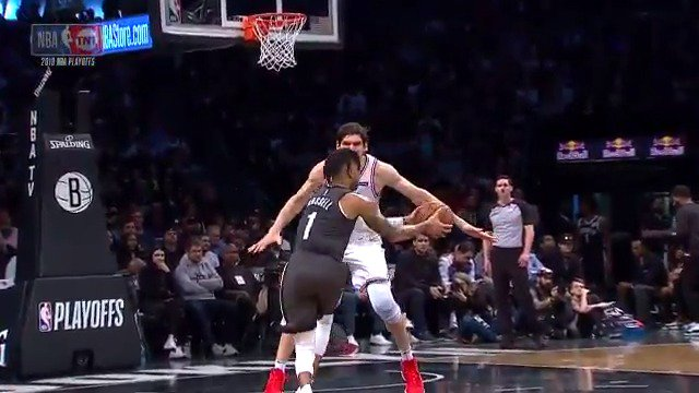 RT @BleacherReport: Boban didn't even flinch, D-Lo still finished https://t.co/JsV1mx659l