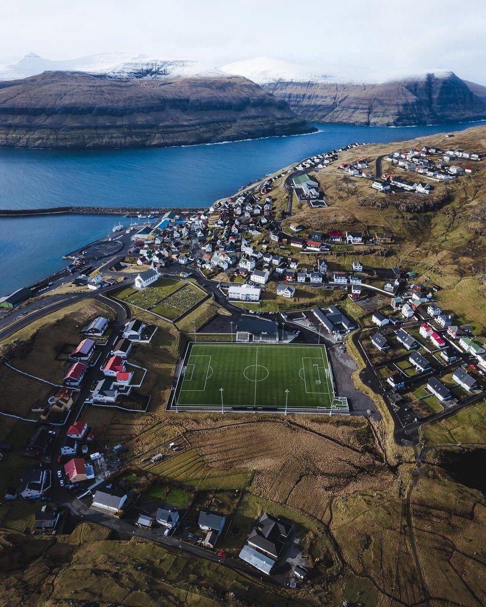#FaroeIslands  Photo : James Lloyd Cole