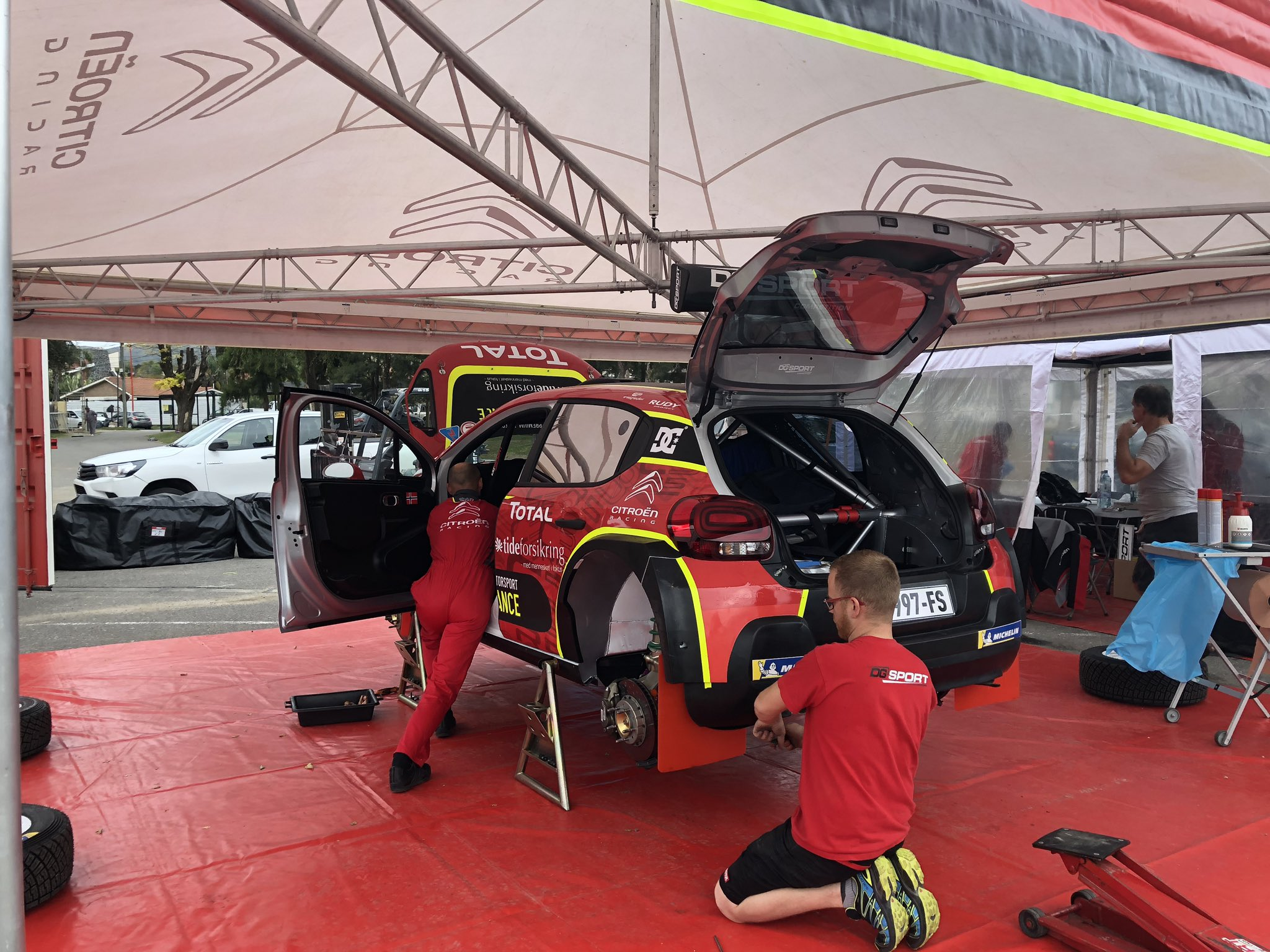 WRC: 39º XION Rallye Argentina [25-28 Abril] D4ny82TXkAUbLNz