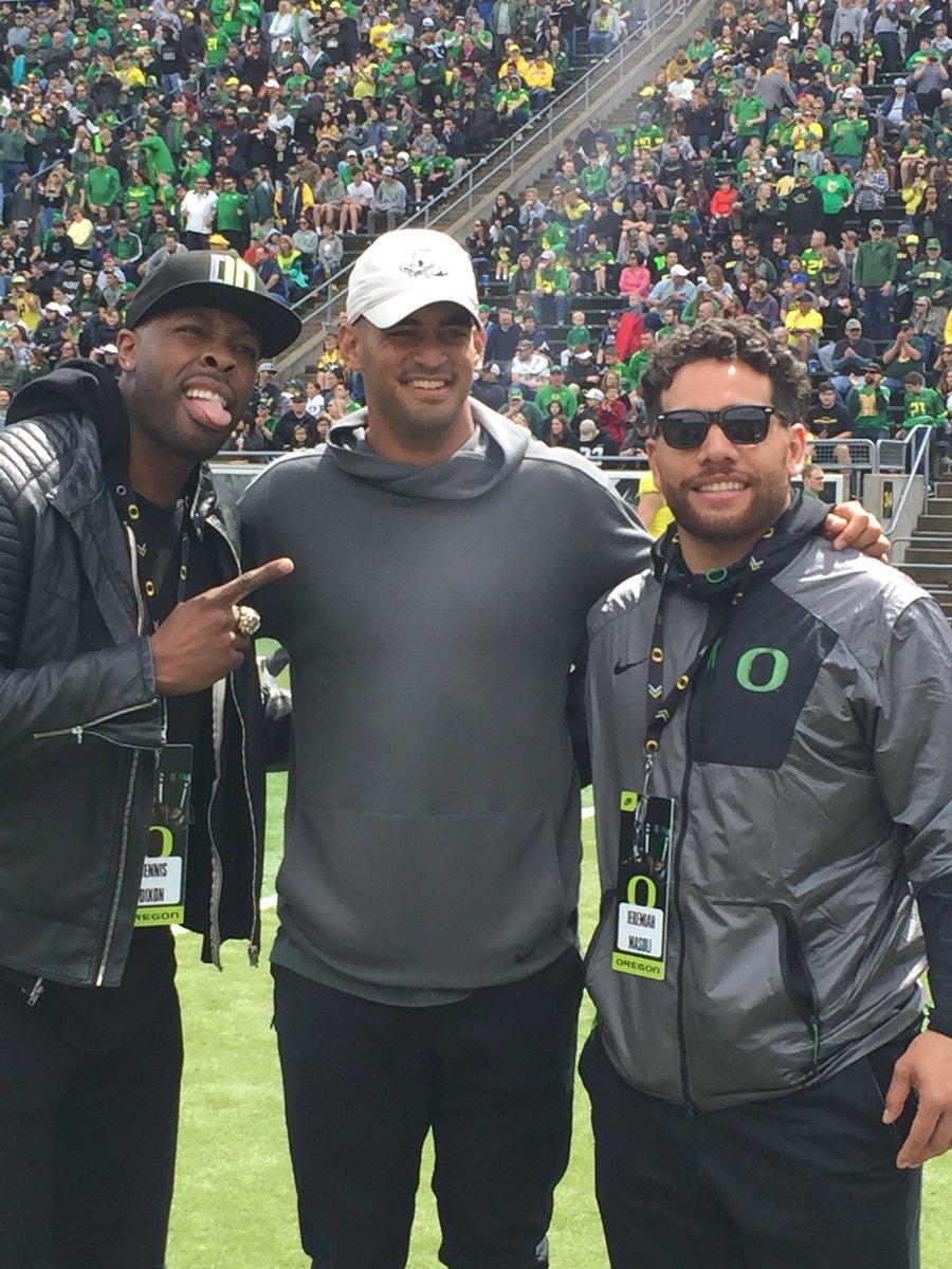 Three generations of @oregonfootball QB greatness. Dixon, Marcus, Masoli. @1029TheGame