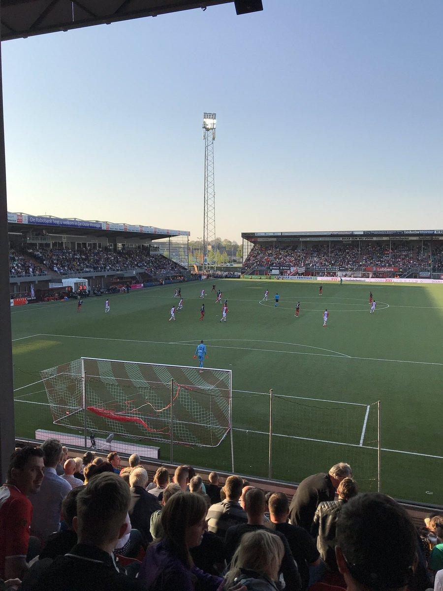 D9031 🇧🇪 🇪🇸 🇺🇸 🇫🇷's photo on FC Utrecht