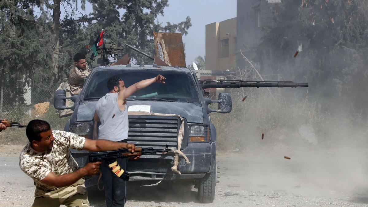 Турки вербуют сирийцев воевать за Хафтара, а сами отправляют их к террористам ПНС