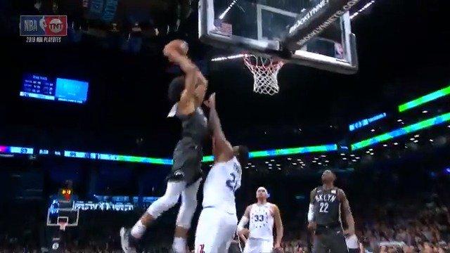 Jarrett Allen on Embiid's head top 😱  (via @NBA)
