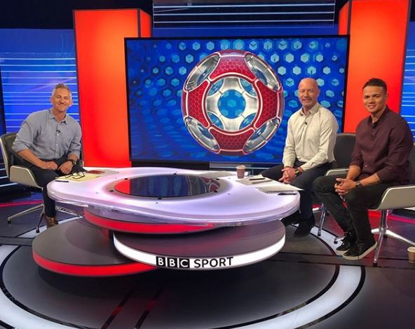 We're live!  It's #MOTD time on @BBCOne   Watch: https://bbc.in/2gFVpCd