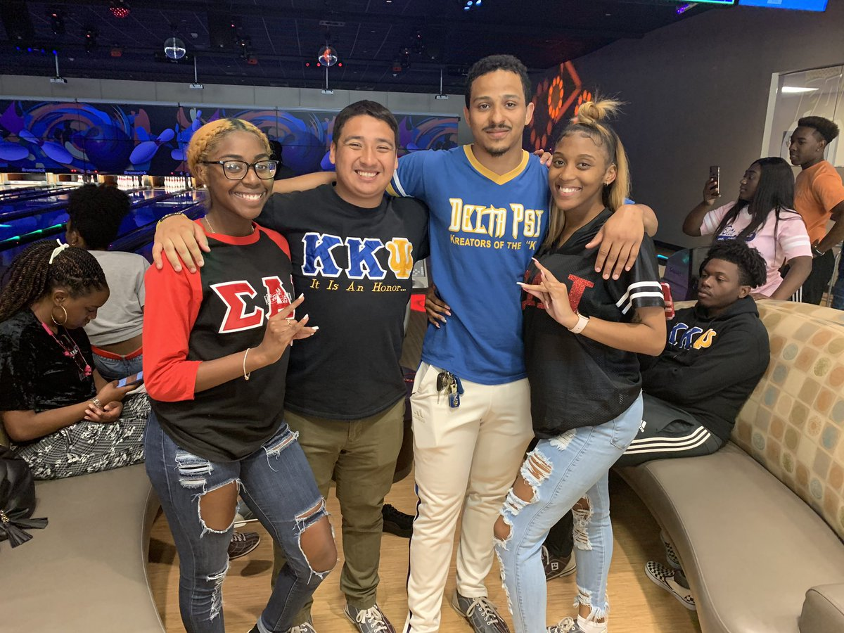 Thanks everyone who came out and chilled with the Bruhs today at Panther Lanes 🎳 We also appreciate everyone who've supported us throughout Psi Week 🤟🏾 AEA #PsiWeek #pvamu #pv21 #pv22 #ΔΨ