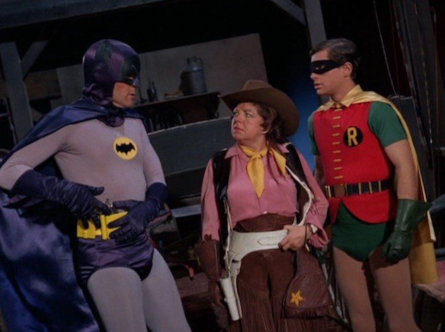 #metvwonderwoman Keen eyed Batman fans will recognize Hermione Baddeley as Frontier Fanny on the epsiodes &quot;The Great Escape&quot;/&quot;The Great Train Robbery&quot;. She also appeared in such movies as &quot;Marry Popins&quot;, &quot;The Aristocats&quot;, &quot;The Secret of NIMH&quot; and &quot;The Unsinkable Molly Brown&quot;. <br>http://pic.twitter.com/AENULnjL0u