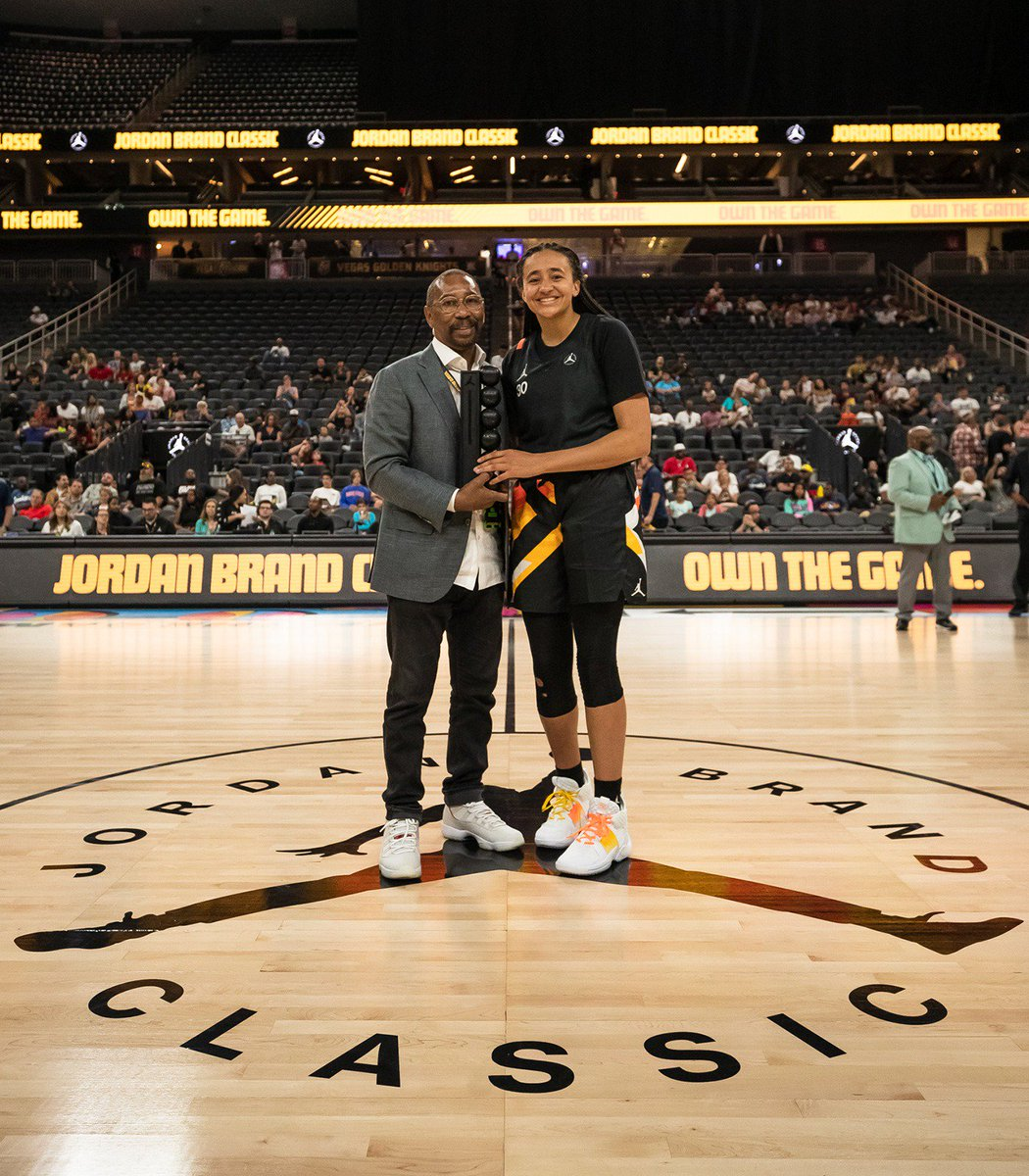 3803abe600d7 The Girls MVPs made their mark on this year s Jordan Brand  Classic.pic.twitter.com tGNylSlDLb