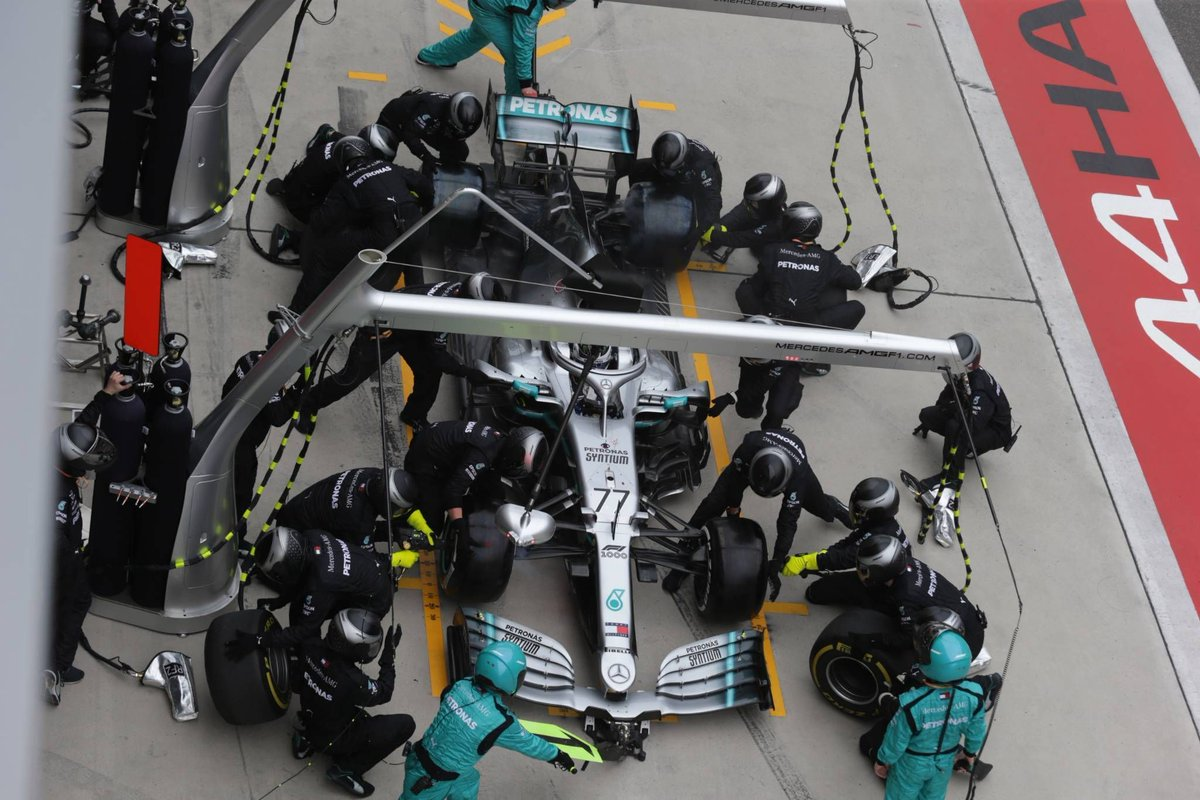 メルセデス、F1中国GPでのダブルストップはトト・ヴォルフのひらめき https://f1-gate.com/mercedes-benz/f1_48723.html…  #F1jp | #F1 | #MercedesAMGF1 | #ChineseGP | #F1中国GP 🇨🇳