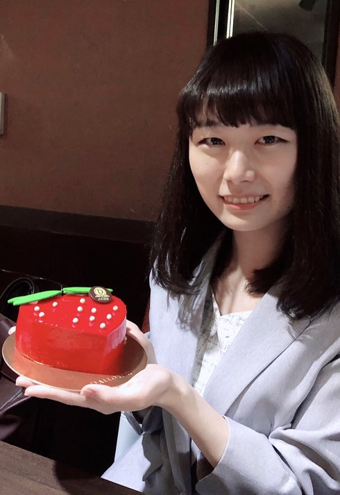 塚田恵梨花さんの投稿画像