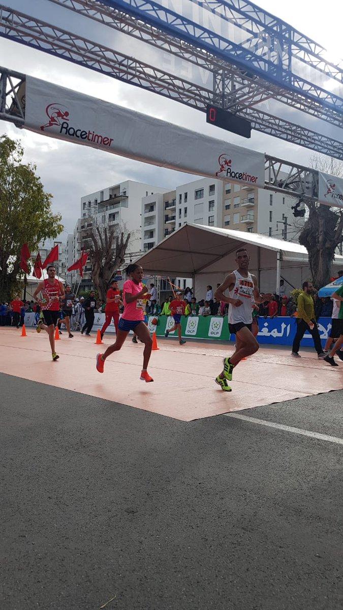 #Photos de la cérémonie de remise des médailles pour les #gagnantes du semi-marathon  1ère place 🥇Yalemzerf Yehualaw 🇪🇹 2ème place 🥈Medhin Beyene 🇪🇹 3ème place 🥉Hajiba Hasnaoui 🇲🇦  #MarathonRabat #MarathonRabat2019 https://t.co/1ameiv7i3j