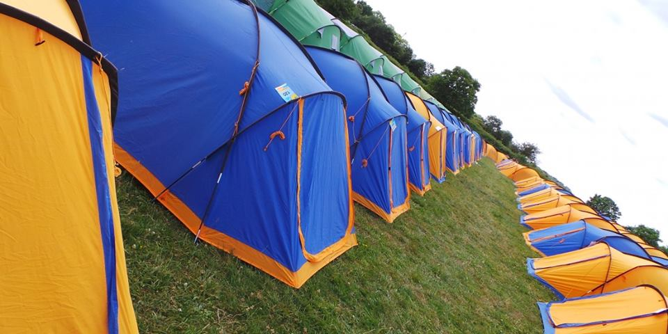 The Air Tattoo is quickly approaching and the weather is hotting up, which means it's probably time that you started thinking about accommodation!   Our Official Campsite is the perfect place to stay over the air show! You can find out more here: http://bit.ly/2GfGlYa