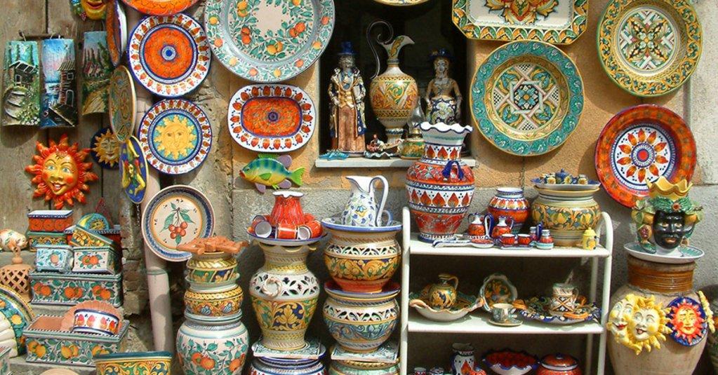 Le ceramiche di Santu Stèfanu di Camastra   #blogsicilia #ceramiche #messina   https://t.co/Lp4PpRryXZ