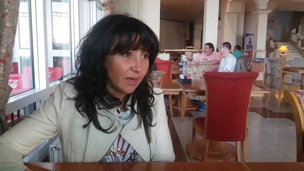 """Cecilia Torres Otárola: """"soy, lo que seve."""" http://lavozdemadryn.com/cecilia-torres-otarola-soy-lo-que-se-ve/…"""