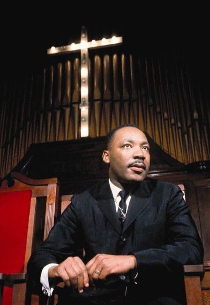 """""""O God our Father, make us willing to do thy will, come what may. Increase the number of persons of good will and moral sensitivity. Give us renewed confidence in nonviolence and the way of love as taught by Christ. Amen.""""  #MLK #ResurrectionSunday #KingPrayers #HappyEaster<br>http://pic.twitter.com/0uK9FkRc7i"""