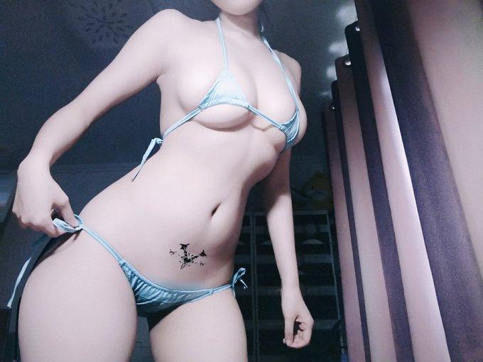 コスプレイヤー是小欢YAのTwitter自撮りエロ画像50