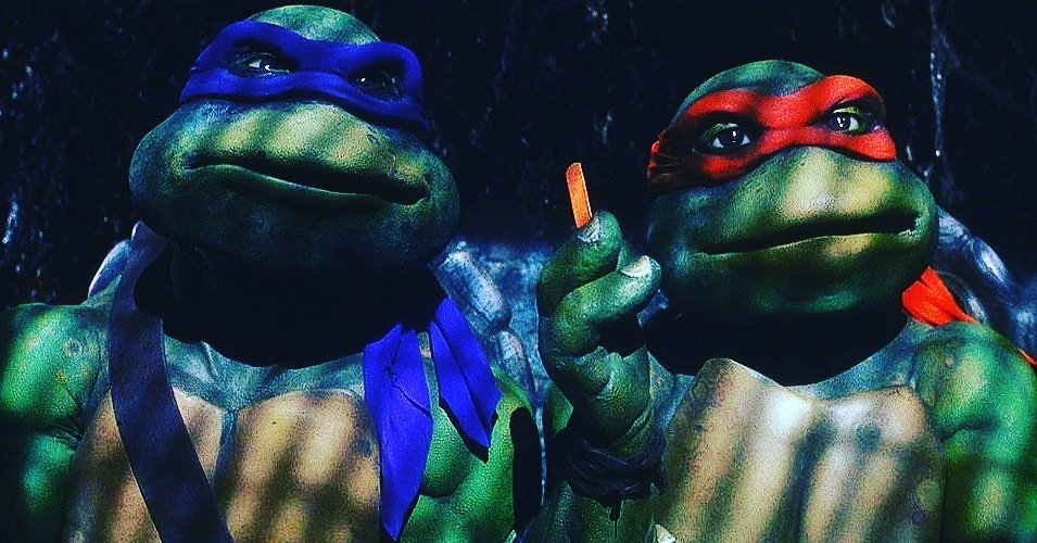 &quot;TMNT&quot; (1990)  The classic &quot;Pizza dude&#39;s got 30 seconds.&quot; scene in the original Teenage Mutant Ninja Turtles is one of those movie moments from my childhood that has always stuck with me through the years. Long live these radical turtles!    #SundayMorning #Easter<br>http://pic.twitter.com/TZL5Y9FEIt