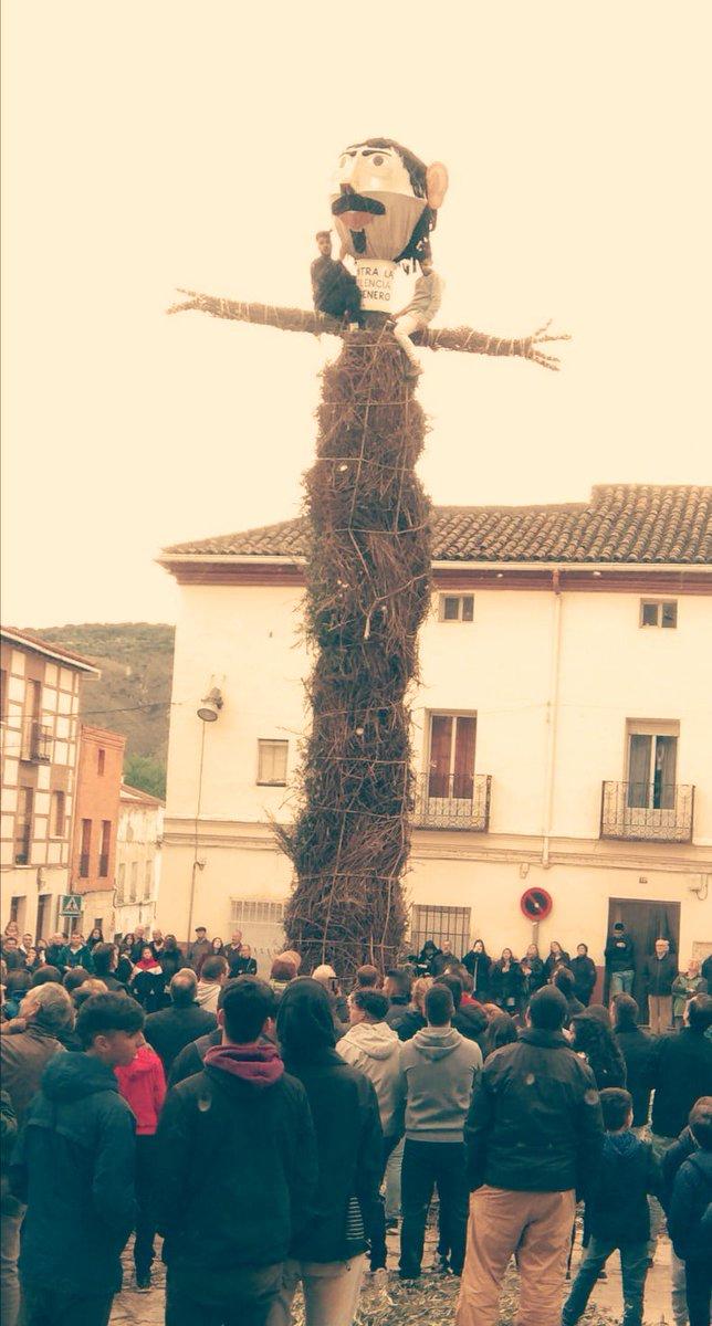 Un año más hemos disfrutado de nuestra tradición en Tielmes, la quema de Judas!!