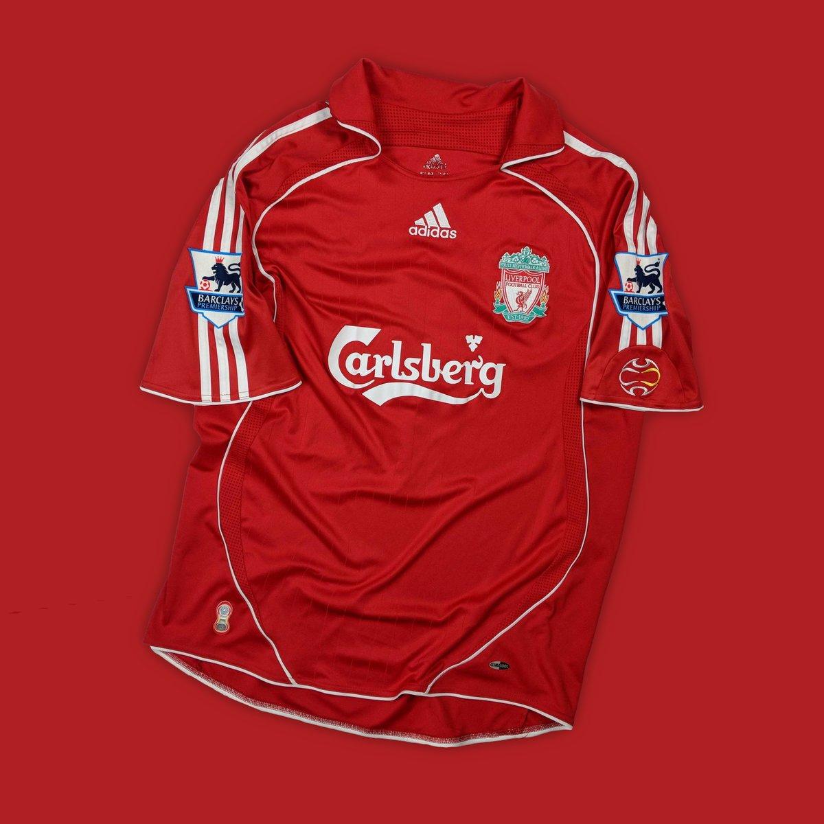 online retailer 84cf2 59b70 Classic Football Shirts on Twitter: