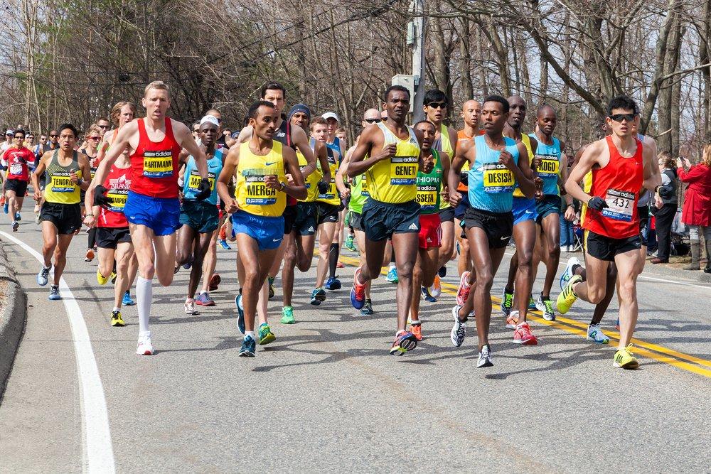 RT @DiscoverMag: Running Made Us Human: How We Evolved to Run Marathons https://t.co/FWeFZ0NIA8 https://t.co/s2HukehGJv