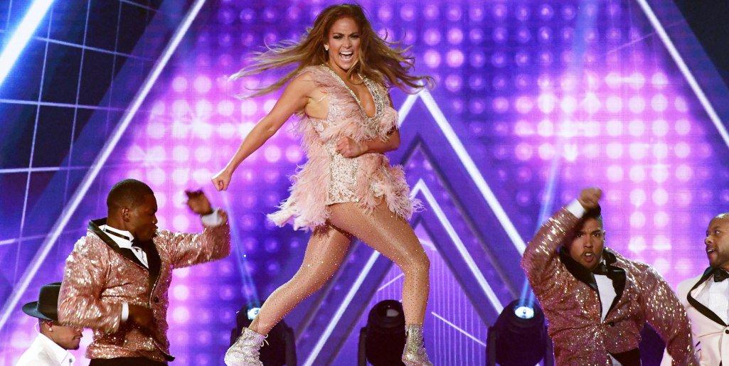 HOLA! USA's photo on Jennifer Lopez