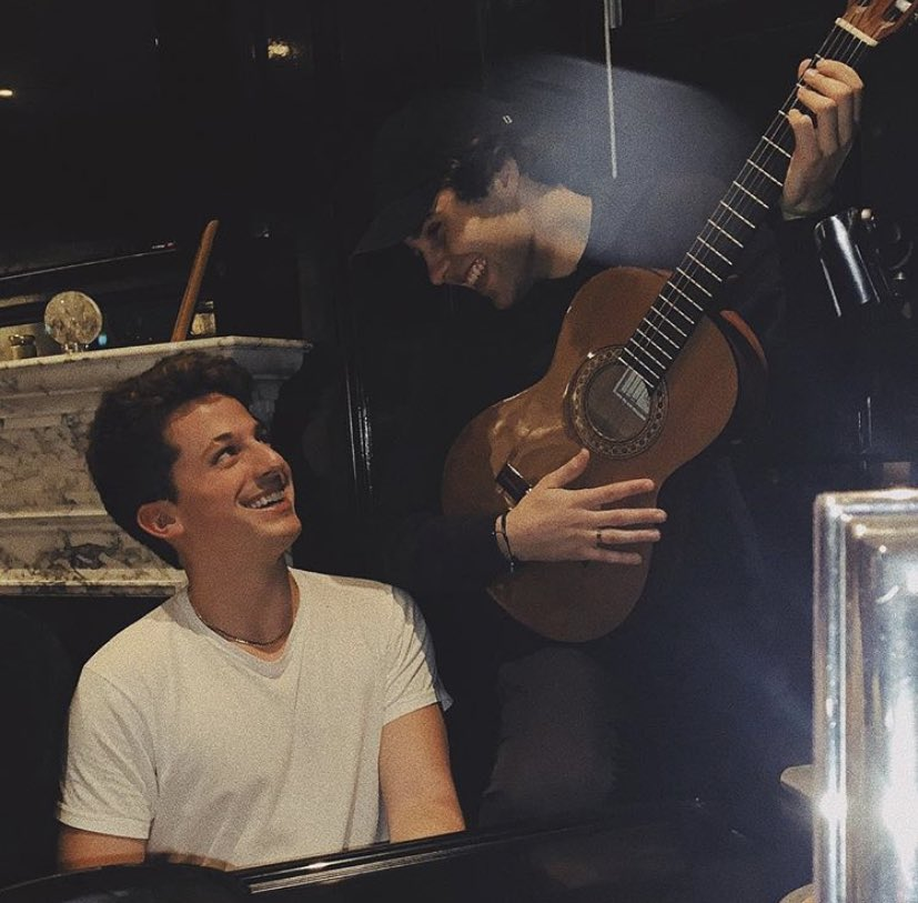 RT @gustavonever: find someone who will look at you the way David Dobrik looks at Charlie Puth https://t.co/I7lCYEgl3B