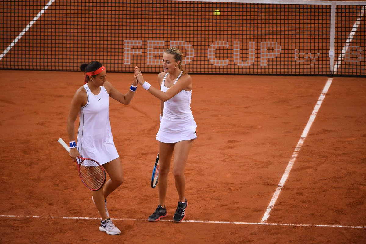 DEMI-FINALE FED CUP 2019 - Page 4 D4s7GE4WsAICF-7